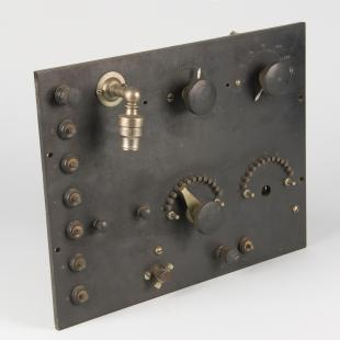 Audion radio receiver panel and components